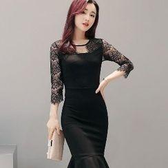 Romantica - Lace-Panel Sheath Dress