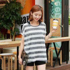 CLICK - Set: Stripe T-Shirt + Tank Top