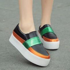 MANMANNI - Platform Color-Block Slip-Ons