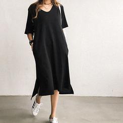 NANING9 - V-Neck Long T-Shirt Dress