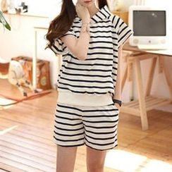 Rocho - Set: Striped Short-Sleeve Hoodie + Striped Sweat Shorts