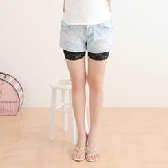 59 Seconds - Lace-Trim Shorts
