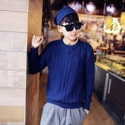 JUN.LEE - Set: Cable Knit Sweater + Beanie