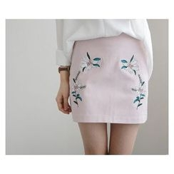 demavie - Embroidered Pencil Skirt