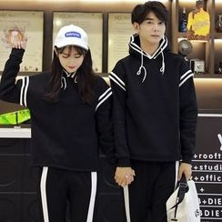 Je T'aime - Couple Matching Striped Hoodie