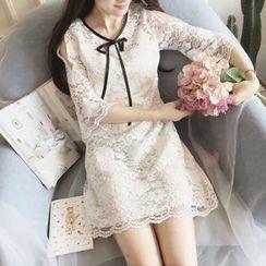 Cherris - Cutout Shoulder Lace Shift Dress