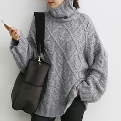 NANING9 - Turtleneck Cable-Knit Sweater