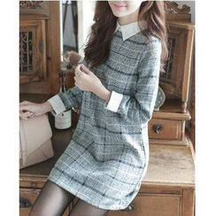 Dowisi - 3/4 Sleeve Lace Collar Plaid Dress
