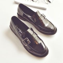 Chryse - Buckled Low Heel Loafers