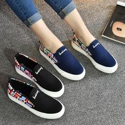 BUDING - Patterned Panel Canvas Slip Ons