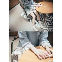 Chlo.D.Manon - Pleat-Trim Knit Mini Shift Dress