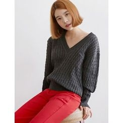 FROMBEGINNING - V-Neck Cable-Knit Top