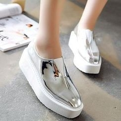 Mancienne - Metallic Slip-Ons