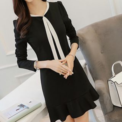 Q.C.T - Long-Sleeve Frilled Hem Dress