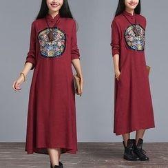 Diosa - Long-Sleeve Embroidered Midi Dress