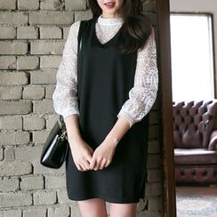 DAZZ - Set: Long Sleeve Lace Top + Sleeveless V-Neck Knit Dress