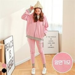 PINKSISLY - Set: Brushed Fleece Lined Lettering Hoodie + Sweatpants