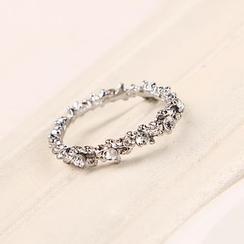 Oohlala! - Rhinestone Ring