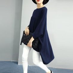 YIDIYU - Plain 3/4 Sleeve Dip Back Long Sweater