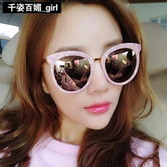 MOL Girl - Oversized Cat-Eyes Sunglasses