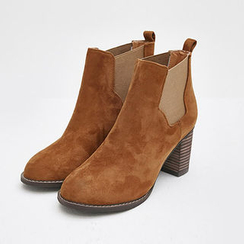 chuu - Chunky-Heel Faux-Suede Chelsea Ankle Boots