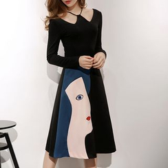MIUCO - 套裝: 掛脖長袖上衣 + 貼布繡裙