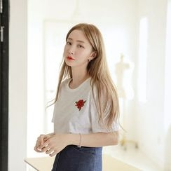 Envy Look - Rose-Embroidered Cotton T-Shirt