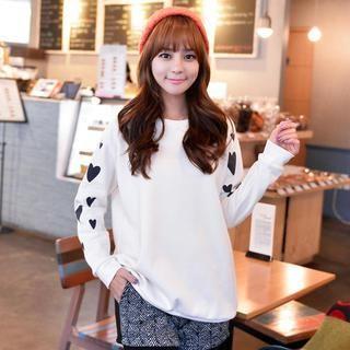 CLICK - Heart Print Sweatshirt