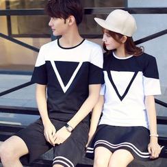 JORZ - Couple Matching Colour Block Triangle Short-Sleeve T-shirt + Shorts / Skirt