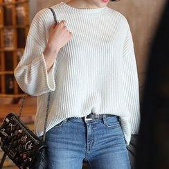 Seoul Fashion - Round-Neck Ribbed T-Shirt