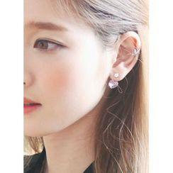 kitsch island - Swarovski Heart Earrings