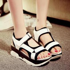 Amy Shoes - Two Tone Platform Sandals