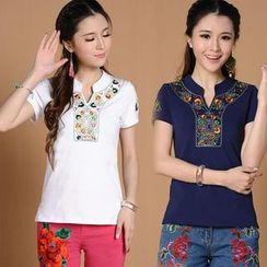 Diosa - Short-Sleeve Embroidered T-Shirt