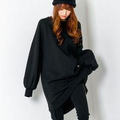 FASHION DIVA - Balloon-Sleeve Dip-Back Pullover Dress