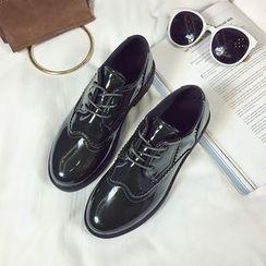 Wello - 繫帶尖頭鞋