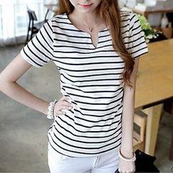 Kissu - Split-neck Stripe Short-Sleeve T-shirt