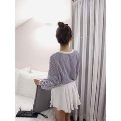 hellopeco - Drop-Shoulder Stripe T-Shirt