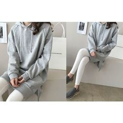 DAILY LOOK - Slit-Side Long Hooded Top