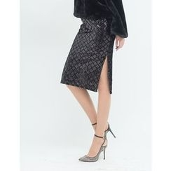 GUMZZI - Sequined Slit-Side Skirt