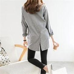 PEPER - Button-Detail Long Shirt