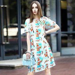 洛圖 - 短袖印花麻質連衣裙