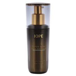 IOPE - Super Vital Extra Moist Base SPF22 PA+ (#60 Natural Green)