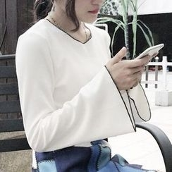 Cloud Nine - Plain Bell-Sleeve Knit Top