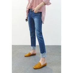 ATTYSTORY - Washed Cuff-Hem Jeans