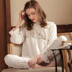 Snorie - Lounge Wear Set: 3/4-Sleeve Embroidered Top + Pants