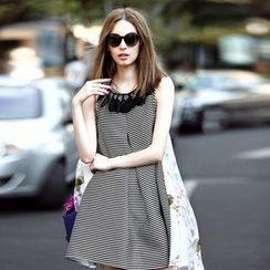 Queen Mulock - Sleeveless Striped Dress