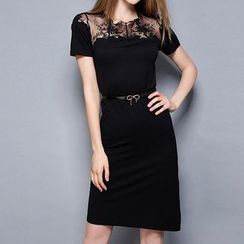 Merald - Lace Panel Short-Sleeve Sheath Dress