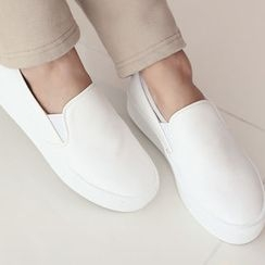 DANI LOVE - Faux-Leather Platform Slip-Ons