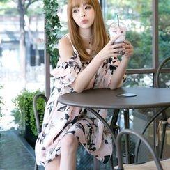 Dowisi - Short-Sleeve Shoulder Cut Out Floral Dress