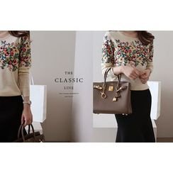 DAILY LOOK - Round-Neck Floral Print Knit Top